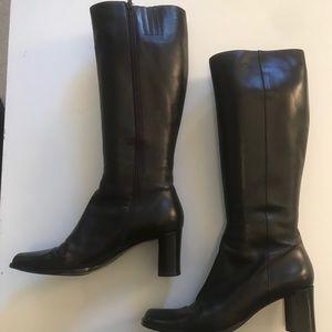 Via Spiga chocolate brown boots